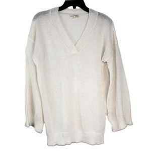 Mystree Ivory medium V-neck Sweater.M